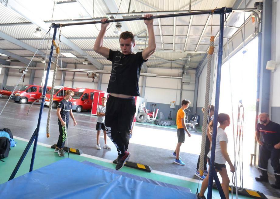 Force, endurance, pompes, gainage... Tous les muscles sont mis à l'épreuve pour sélectionner les plus aptes.