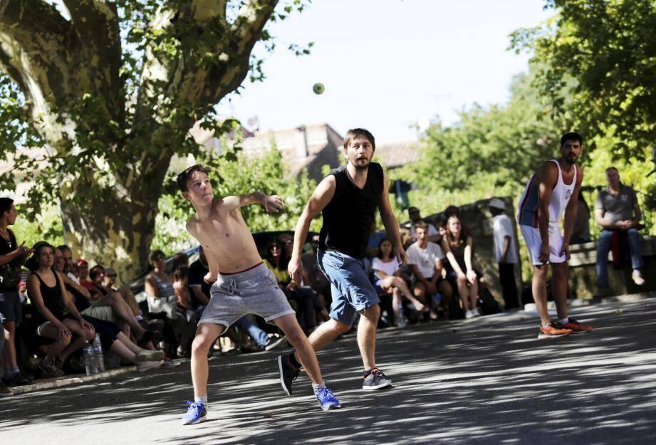 La Coupe du monde de paume artignoscaise a accueilli près de 300 visiteurs cet été.