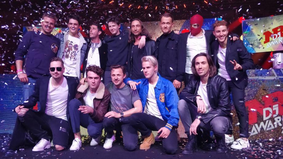 Feder, Kungs, The Avener, Petit Biscuit, Basada, Ofenbach, Martin Schulz, Martin Solveig : ils étaient tous là pour animer la 6e cérémonie des NRJ DJ Awards.