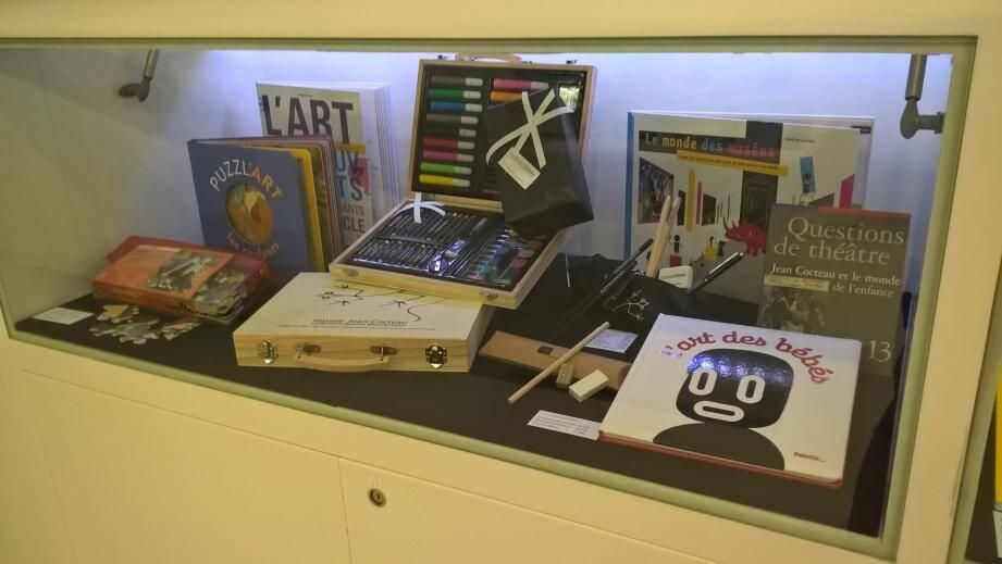 Au musée Cocteau, il y en a pour tous les âges... et tous les portefeuilles.