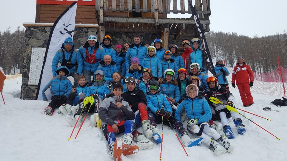 L'équipe du Gazélec à Auron.