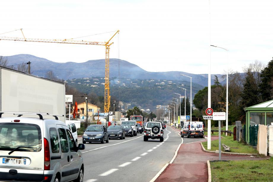 Outre le projet d'extension du drive de Leclerc, trois projets sont en train de sortir de terre boulevard Sauvaigo.