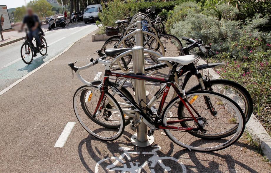 Le stationnement de vélos est un enjeu critique pour l'amélioration des réseaux cyclables.