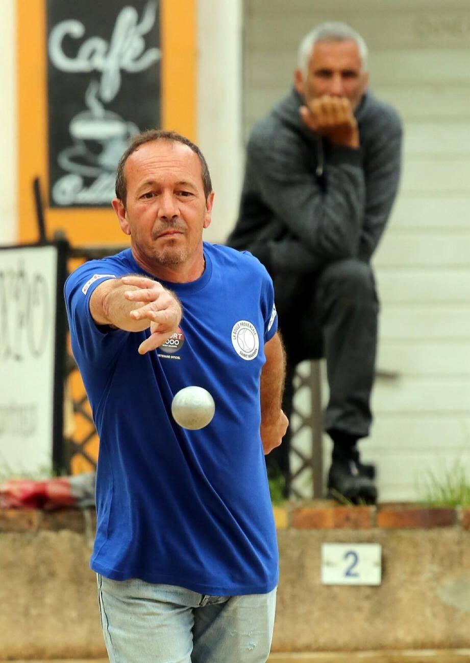 Vainqueurs, finaliste, sponsors et élus, dont le maire Horace Lanfranchi et l'adjoint Serge Langlet, ont rendu hommage à Michel Oberti, dont le souvenir sera toujours lié à celui de la « Boule provençale ».