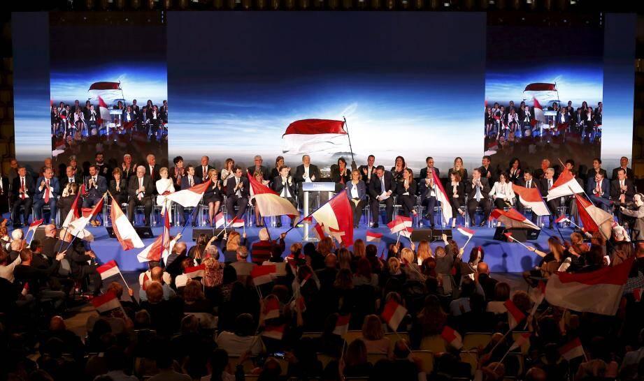 De haut en bas, Primo!, Horizon Monaco lors de son meeting de campagne.