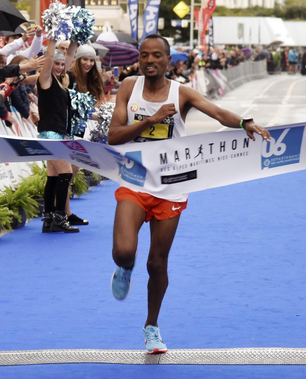 L'Éthiopien Abrha Milaw l'a emporté hier en explosant le record de l'épreuve en 2h07'25''.