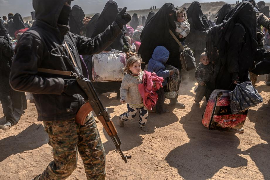 Ces familles ont été évacuées le week-end dernier par les forces démocratiques syriennes de Baghouz où sont retranchés les derniers combattants de Daesh.