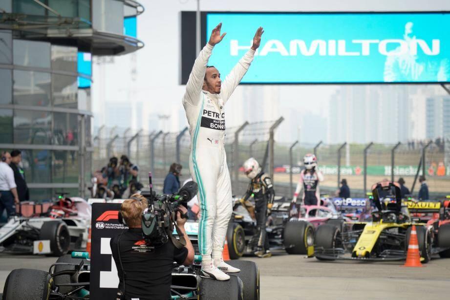 Encore un jour inoubliable pour Lewis Hamilton, vainqueur du Grand Prix numéro 1000, hier à Shanghai !