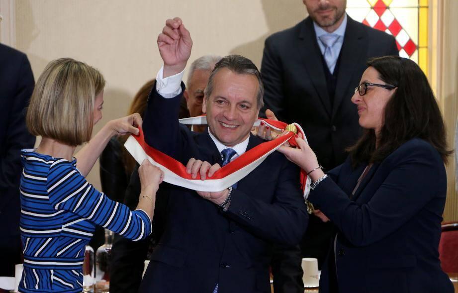Georges Marsan a revêtu sa 5e écharpe de maire.