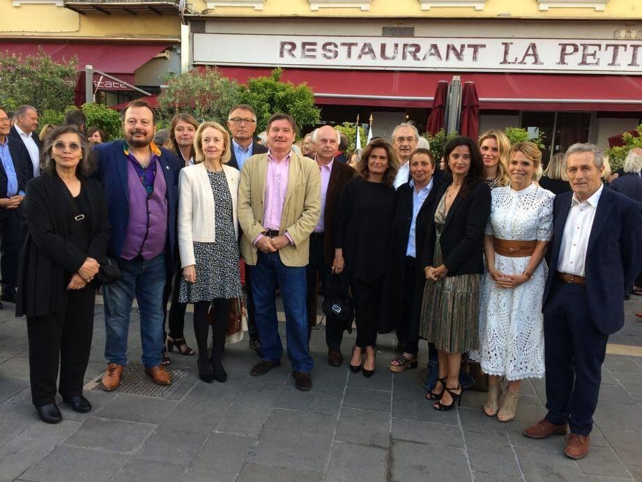 Le 3e prix de La Petite maison, récompensant d'une enveloppe de 7.000 euros, un livre paru dans l'année: un rendez-vous à la fois littéraire, convivial et mondain réunissant le gratin littéraire et local.