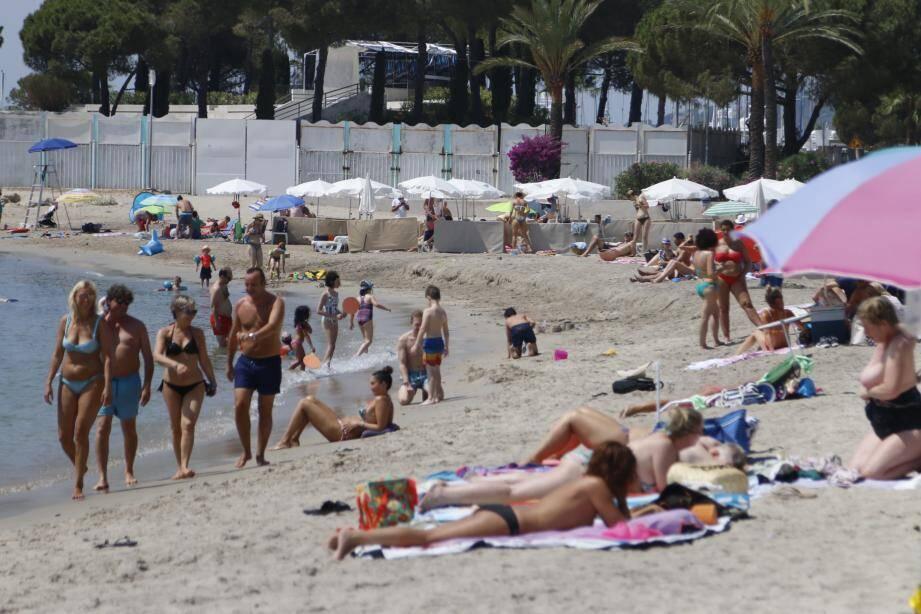 C'est sur la plage publique du Midi que l'enfant a été frappé par la foudre.