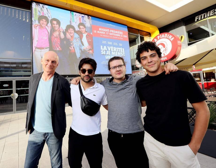 Michel Munz avec Yohan Manca (Patrick Abitbol), Anton Csaszar (Serge), Mickaël Lumière (Dov), ce mardi au Pathé.