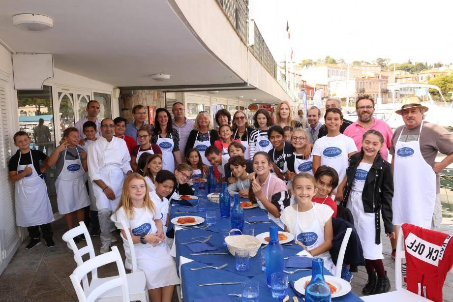 Le cours sur la fabrication des pâtes fraîches achevé, les élèves ont dégusté la cuisine du Diva.