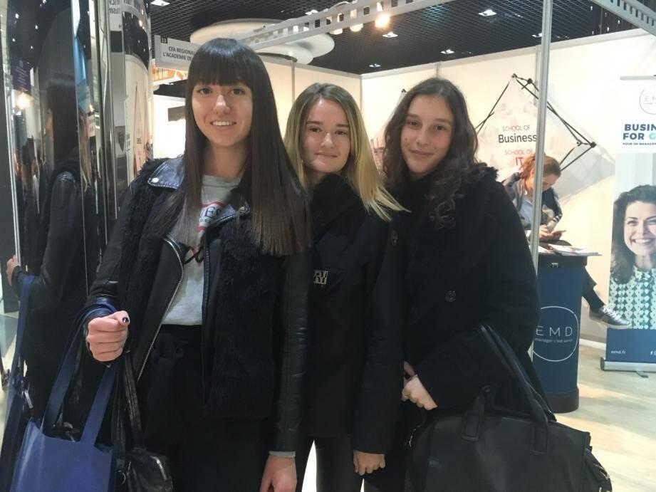 Alicia, Laura et Léa, trois lycéennes toulonnaises en terminale.