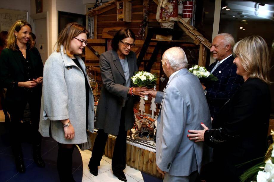 La princesse Stéphanie et sa fille Camille ont été accueillies par Dante Pastor, résident d'A Qietüdine.