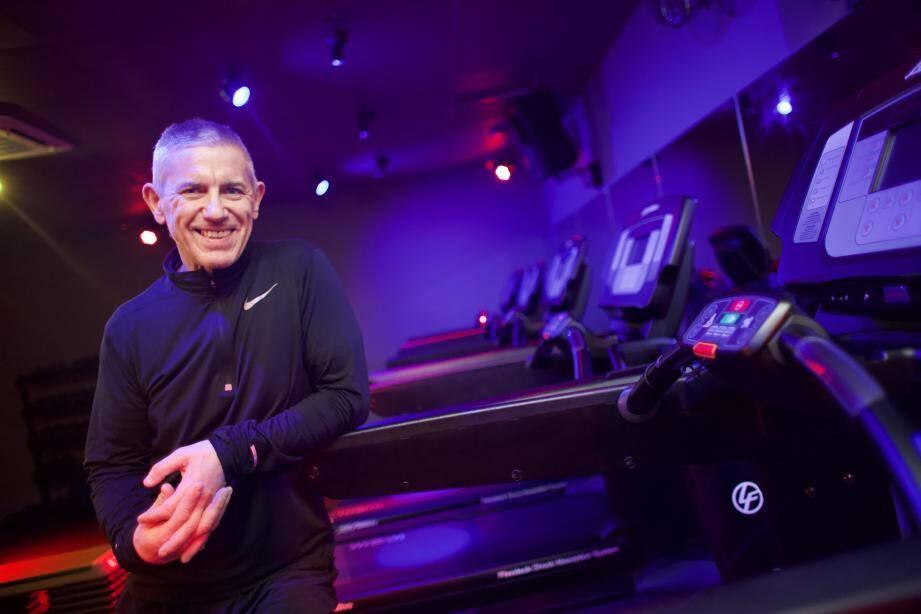 Guillaume Emmenegger a ouvert une salle de sport d'un nouveau genre dans le centre de Cannes.