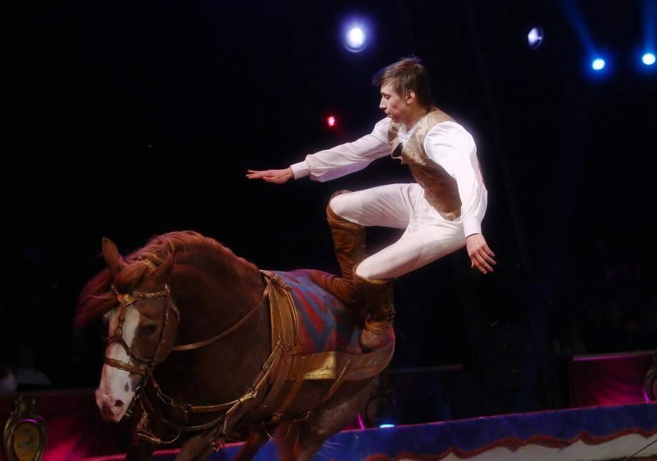 Les cavaliers russes Djiguites lors d'une précédente édition du Festival du cirque de Monte-Carlo.