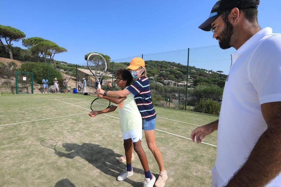 Isabelle Demongeot propose tout l'été son expertise aux amateurs de tennis. «Pendant des années, on a fait croire que je ne pouvais pas enseigner par rapport à mon histoire. C'est faux!»