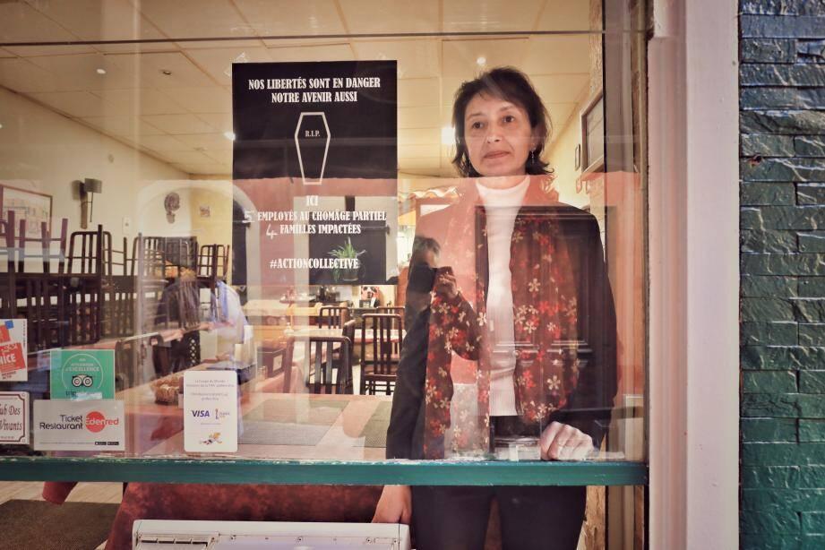 Illustration d'un restaurant fermé administrativement en raison de la crise sanitaire. Ici Le Barbecue à Nice.