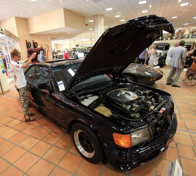 Près d'un million d'euros pour les voitures d - 17856527.jpg