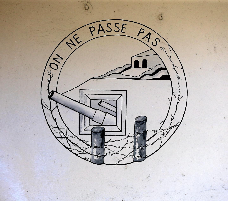 Ce dessin témoigne de la détermination sans faille des troupes à protéger la nation contre l'invasion italienne