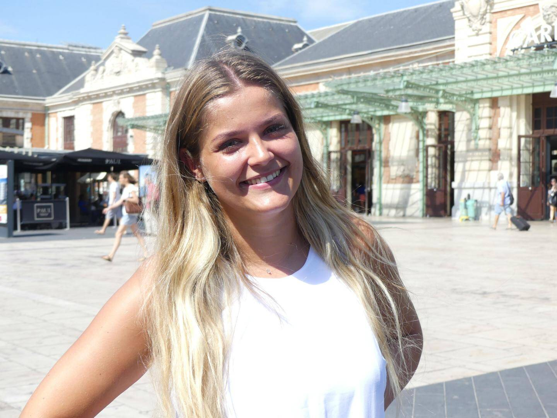 Laura Guyot, 24 ans, commerciale en produits cosmétiques à Limoges (Haute-Vienne).