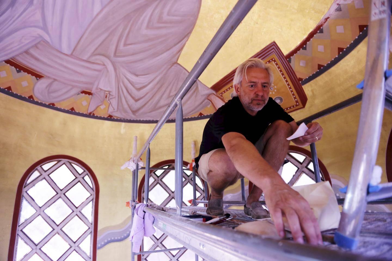 Les œuvres de Vadim Garine sont réalisées à plusieurs mètres du sol.