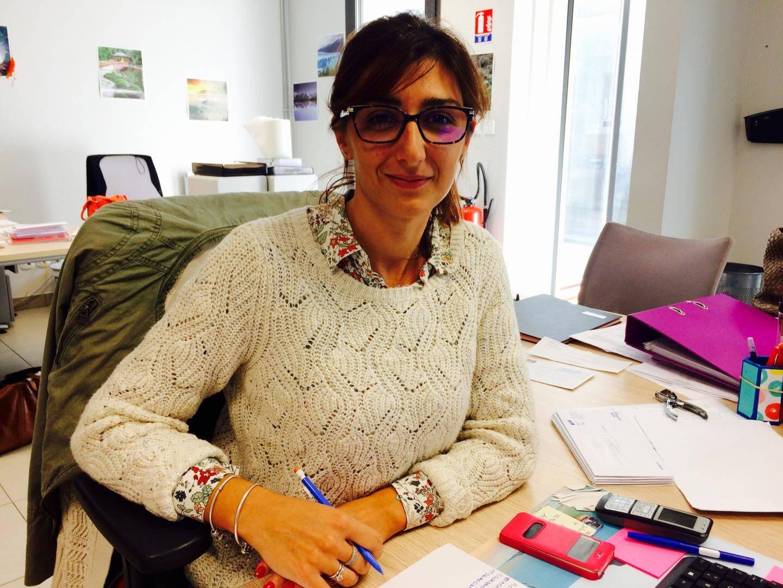 Mélanie, 31 ans, adjointe administrative à l'Ehpad de Lantosque. Mais son mari fait la route tous les jours pour aller travailler à Vence.
