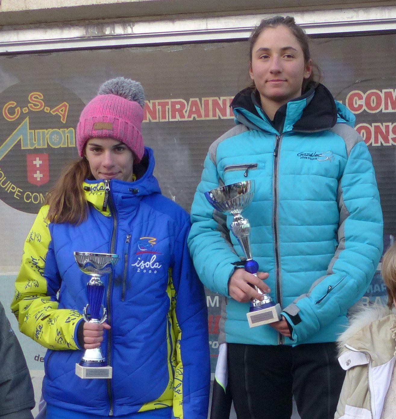 Podium U16 dames en slalom : Eliza Giraud-Lombard et Lilou Delourme.