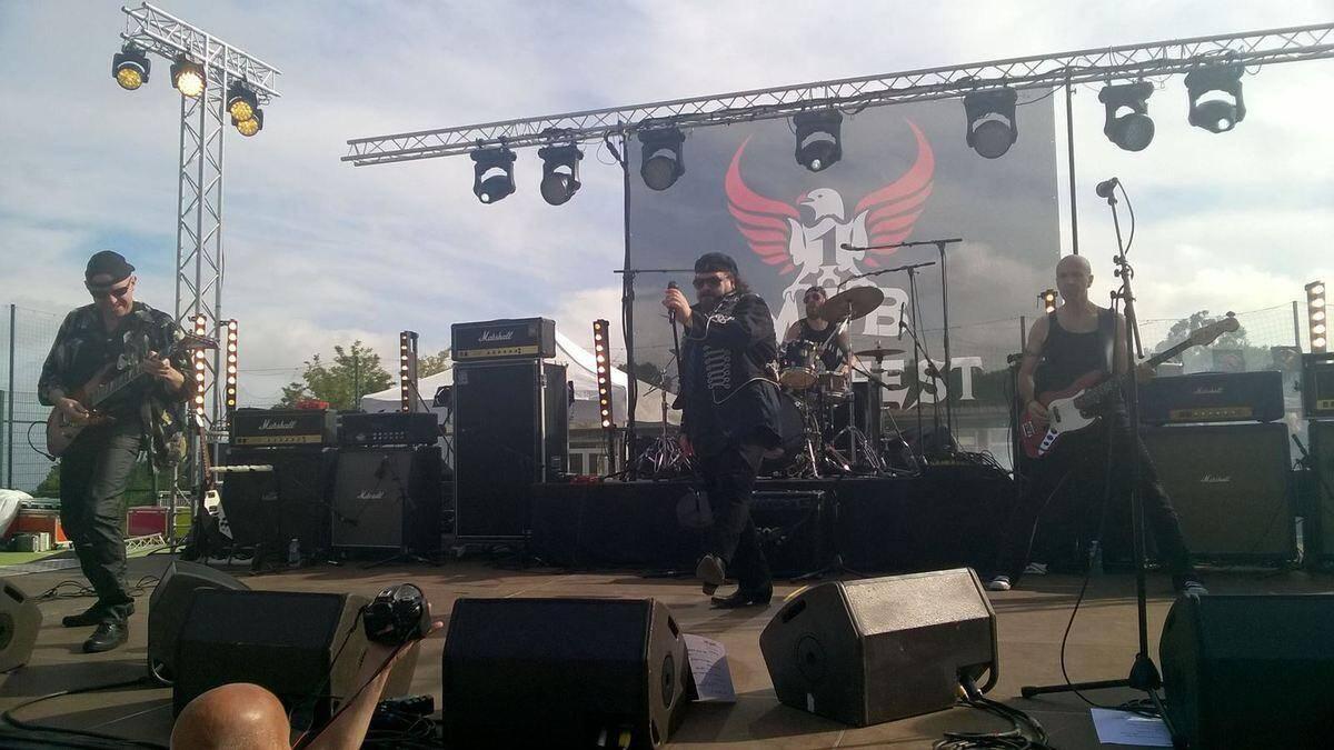 Le Rock Fest un max de bruit est de retour durant tout le week-end .