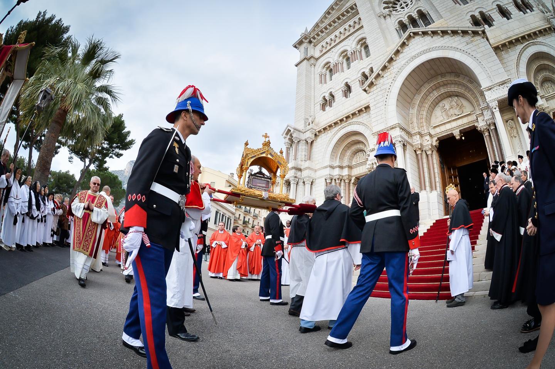 Dimanche, une messe aura lieu en la cathédrale avant que la procession ne prenne la direction du Palais et des remparts.