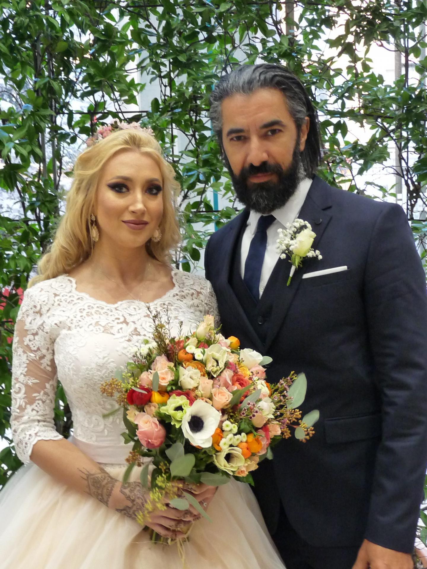Rahel Makhalkovskaya, assistante gestionnaire, et Hassan Barka, technicien cinématographique.