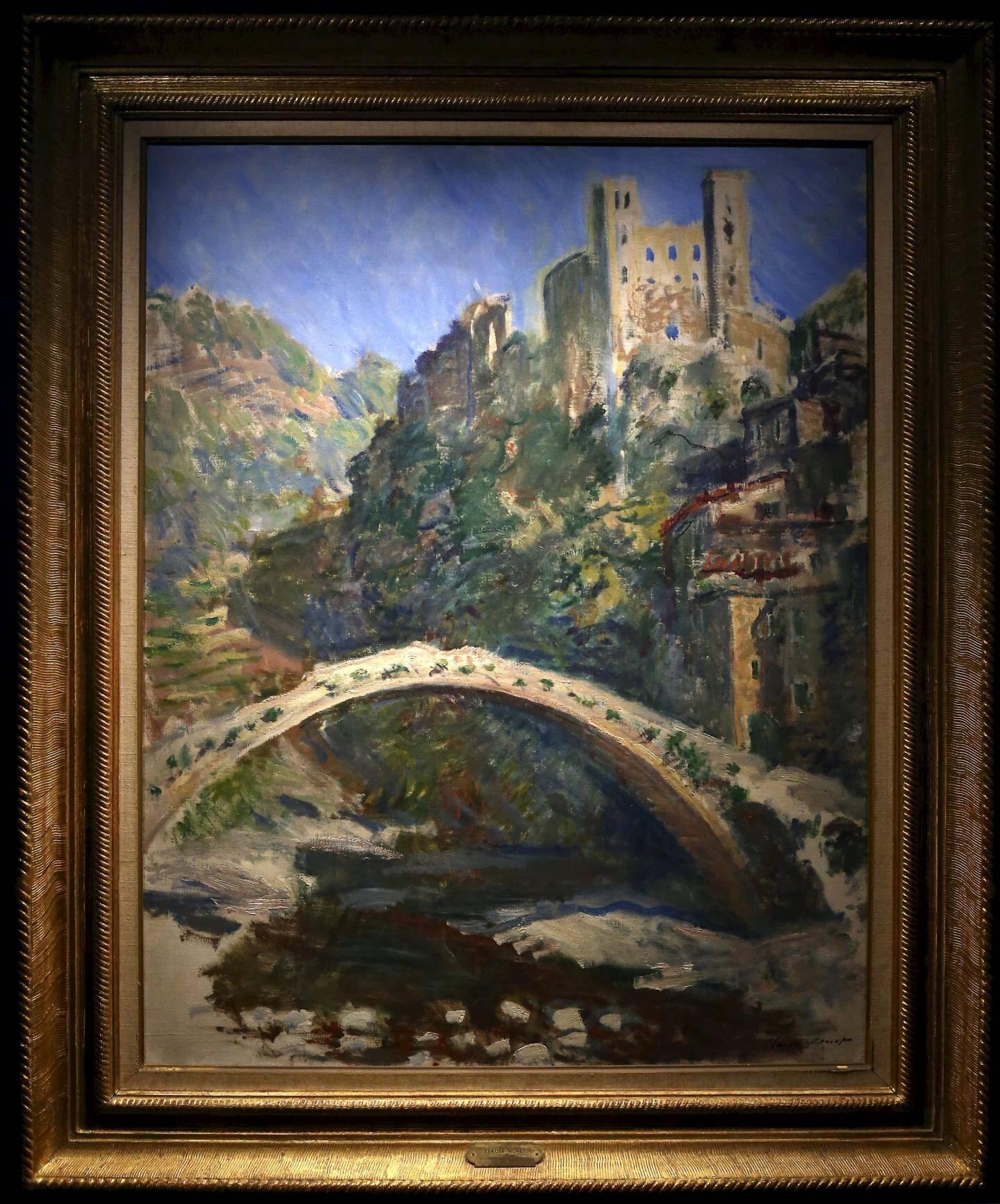 En 135 ans, la vue de Dolceacqua peinte parClaude Monet n'a pas tellement changé...