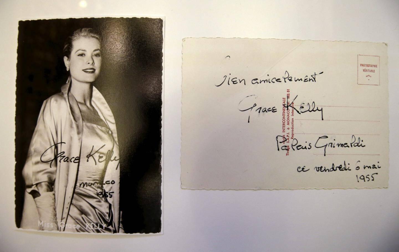 Dans les archives du Palais, un message signé de la main de Grace Kelly en 1955.