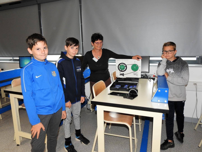 En technologie avec Florence Galtier, Eliot, Jules et Arthur ont appris le fonctionnement du vélo.