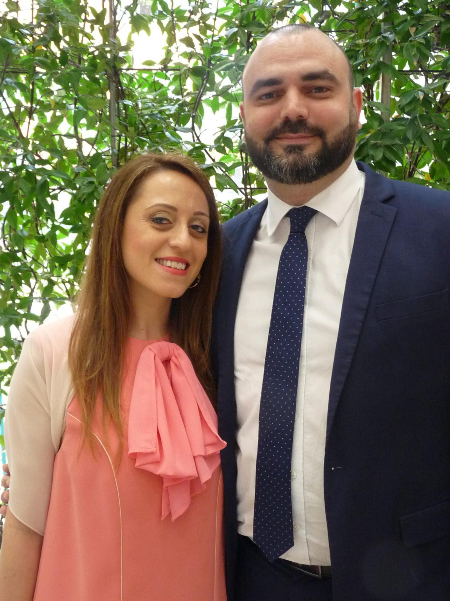 Nausica Orlacchio, réceptionniste dans un hôtel, et Yves-Thomas Moisan, cadre dans la banque.