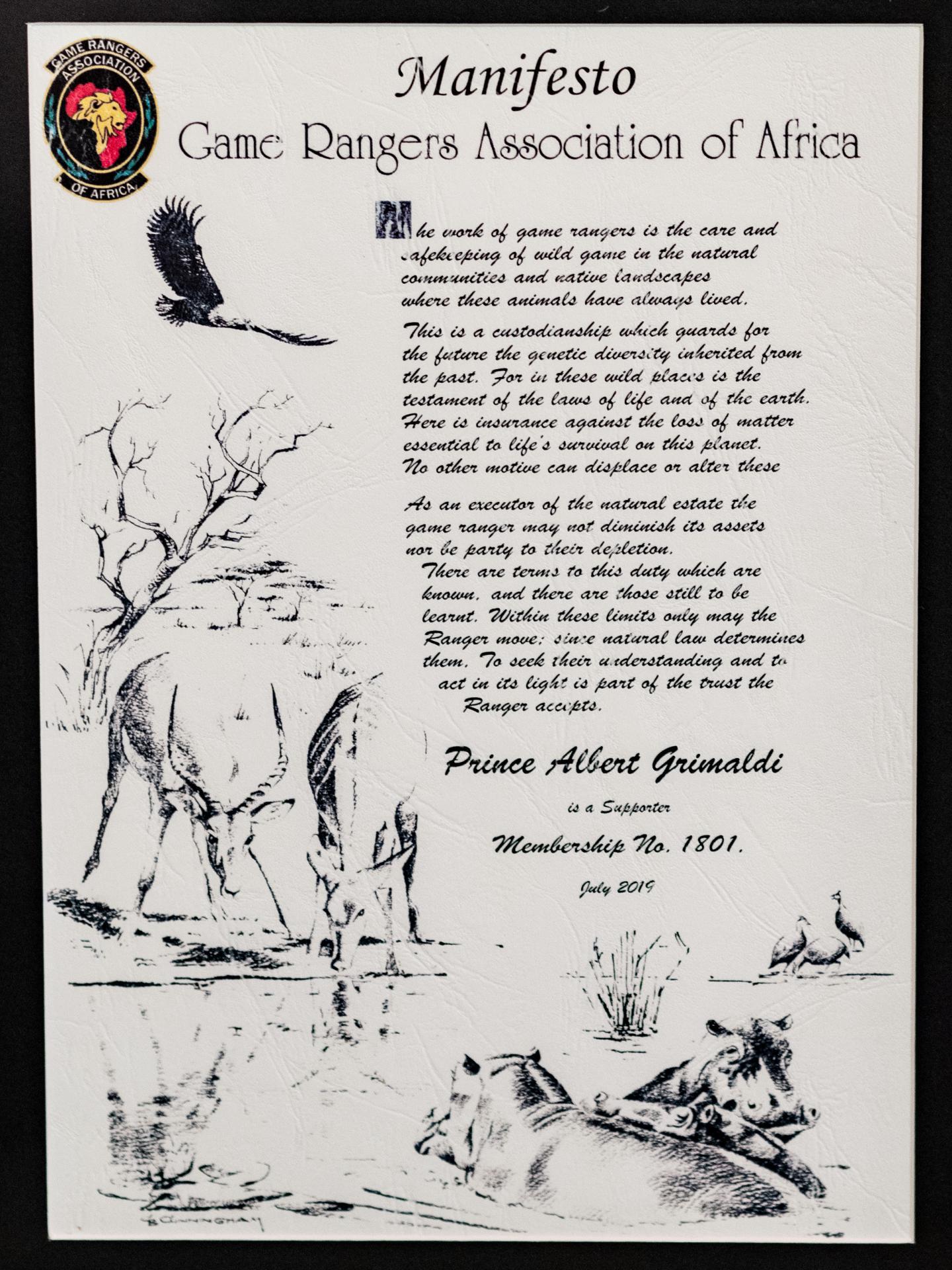 Pour ses actions et celles de sa Fondation, le prince Albert II a été distingué par la Game Rangers Association of Africa.