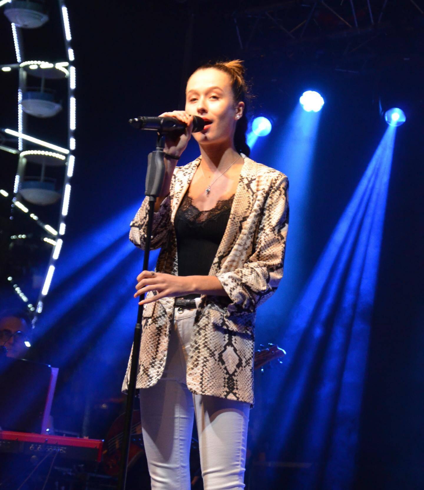 Liane Foly, diva de la tournée Var-Matin.