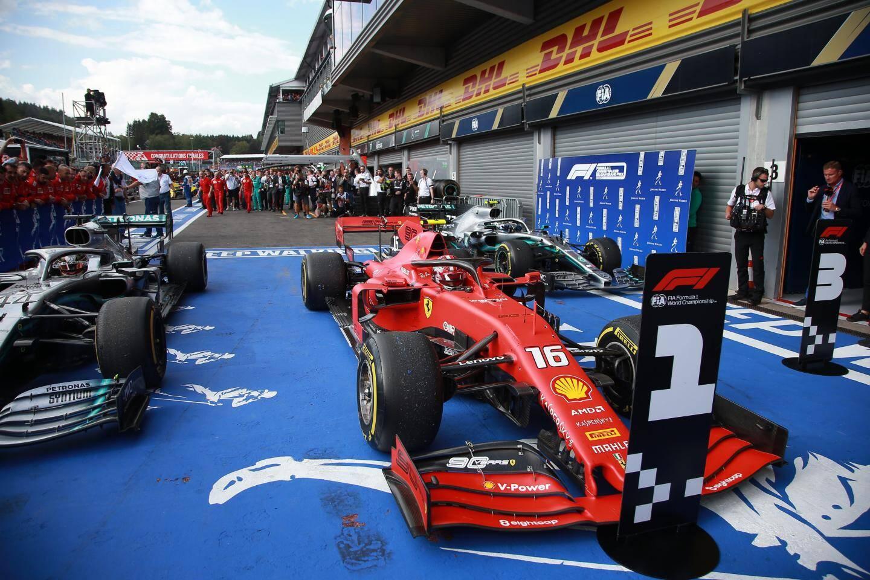 L'étoile montante de la galaxie Ferrari n'oubliera pas de sitôt ce premier triomphe décroché devant les Flèches d'Argent de Lewis Hamilton et Valtteri Bottas.
