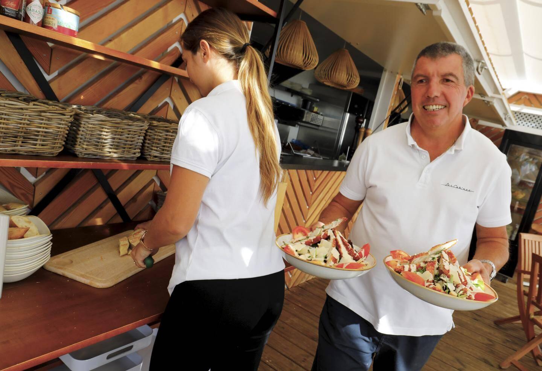 Pour sa première saison à Golfe-Juan, la plage Les Cabines a créé douze emplois.