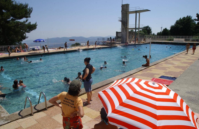 Après l'abandondu projet, la maison des jeunes et la piscine Altitude 500 ont vu le jour, mais avec d'autres architectes à l'œuvre.