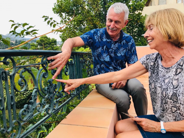Carole et Jacques Destombe, ont récupéré des ferronneries vouées à la démolition.