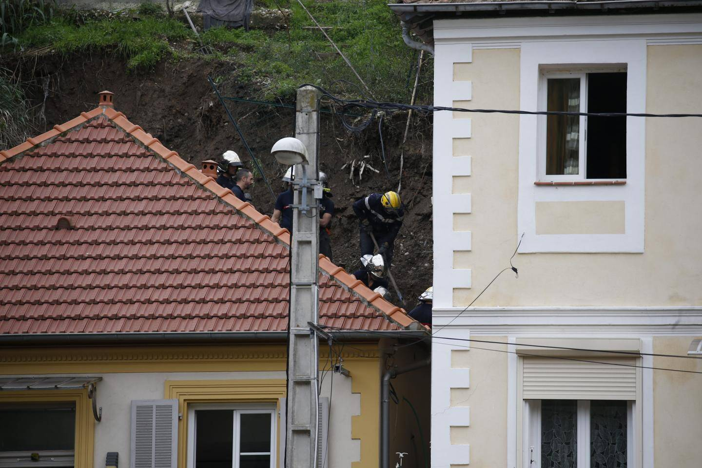 Une femme disparue après un glissement de terrain à Nice