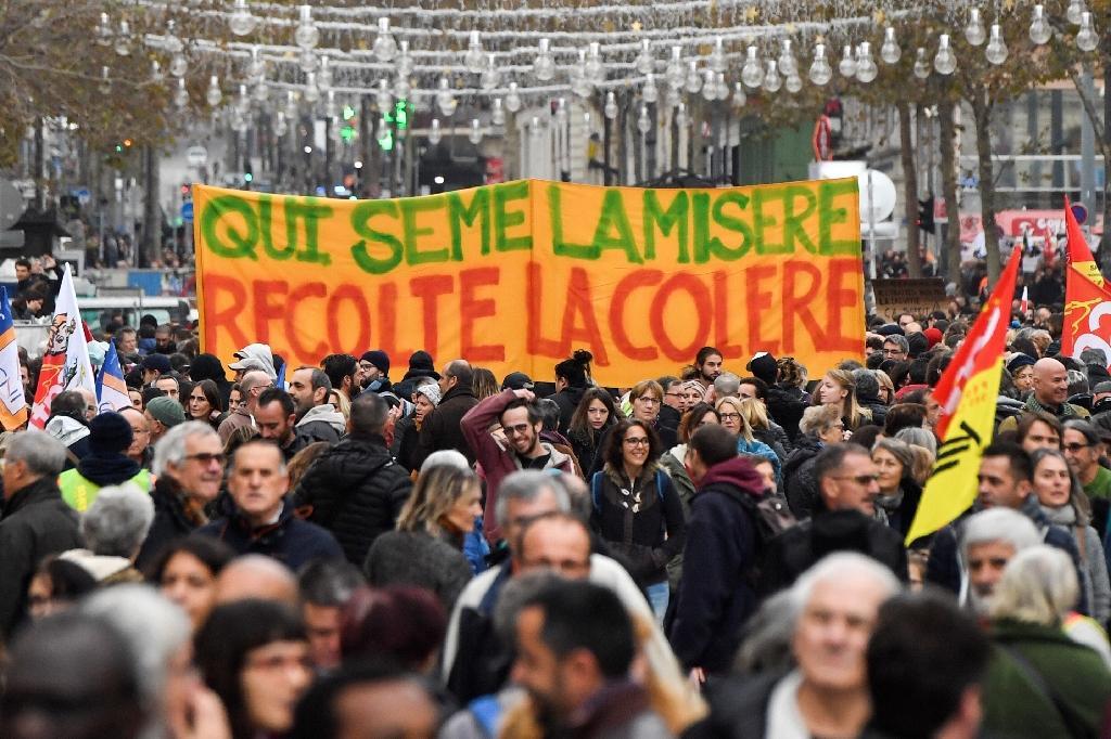 Manifestation contre la réforme des retraites le 5 décembre 2019 à Marseille
