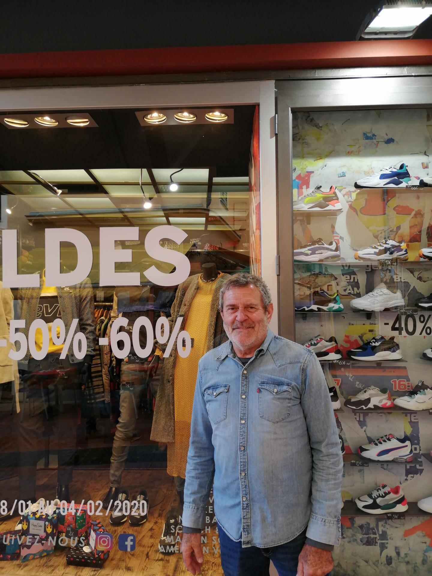 Gilbert Buchwald, propriétaire de Big Bazar sur la rue Saint-Michel.