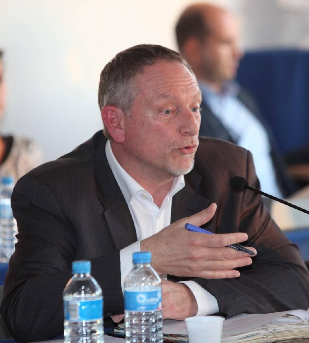 Michel Dessus.