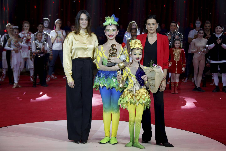 Présidé par Pauline Ducruet, la fille aînée de la princesse Stéphanie, le jury a décerné cette année trois Junior d'or, dont un à la troupe chinoise d'Anhui.
