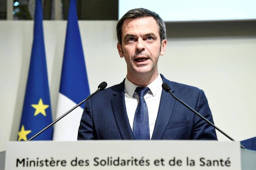 Le ministre de la Santé Olivier Véran, le 6 mars 2020 à Paris