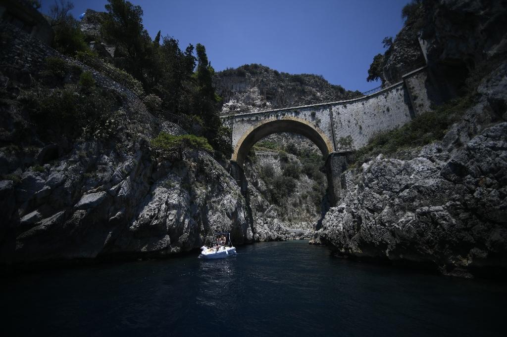 Le long de la côte amalfitaine, près de Positano, le 1er juillet 2020
