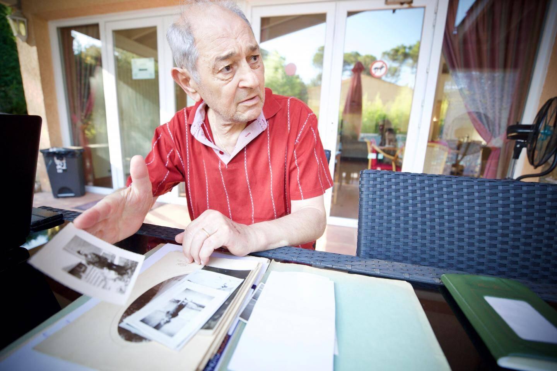 Réceptif, aujourd'hui âgé de 85 ans, Simon Rosenpik a partagé ses photos de famille avec l'historien.